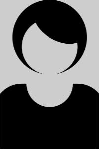 Porträtfoto Claudia Böhme. Beim Klick auf das Bild öffnet sich ein Infoblock mit weiteren Informationen. Links ist ein Button um den Infoblock wieder zu schließen.